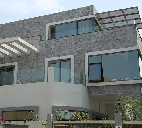 Alamo Gray House Facade