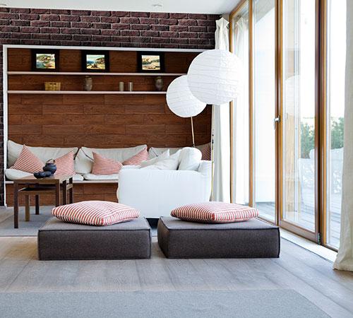 Seduoia Bete & Masterbrick Dark Red Living Room