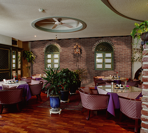 Masterbrick Keramos Restaurant